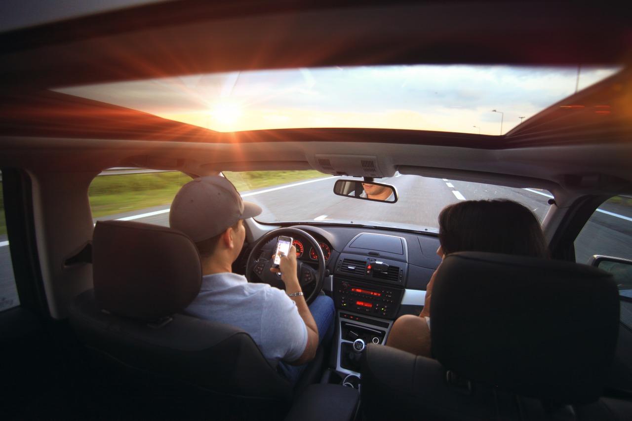 Kredyt samochodowy czy gotówkowy – który wybrać?