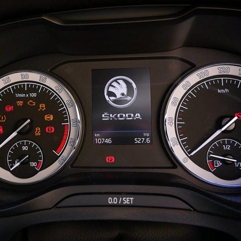 Karty paliwowe w opcji Skoda Rapid leasing