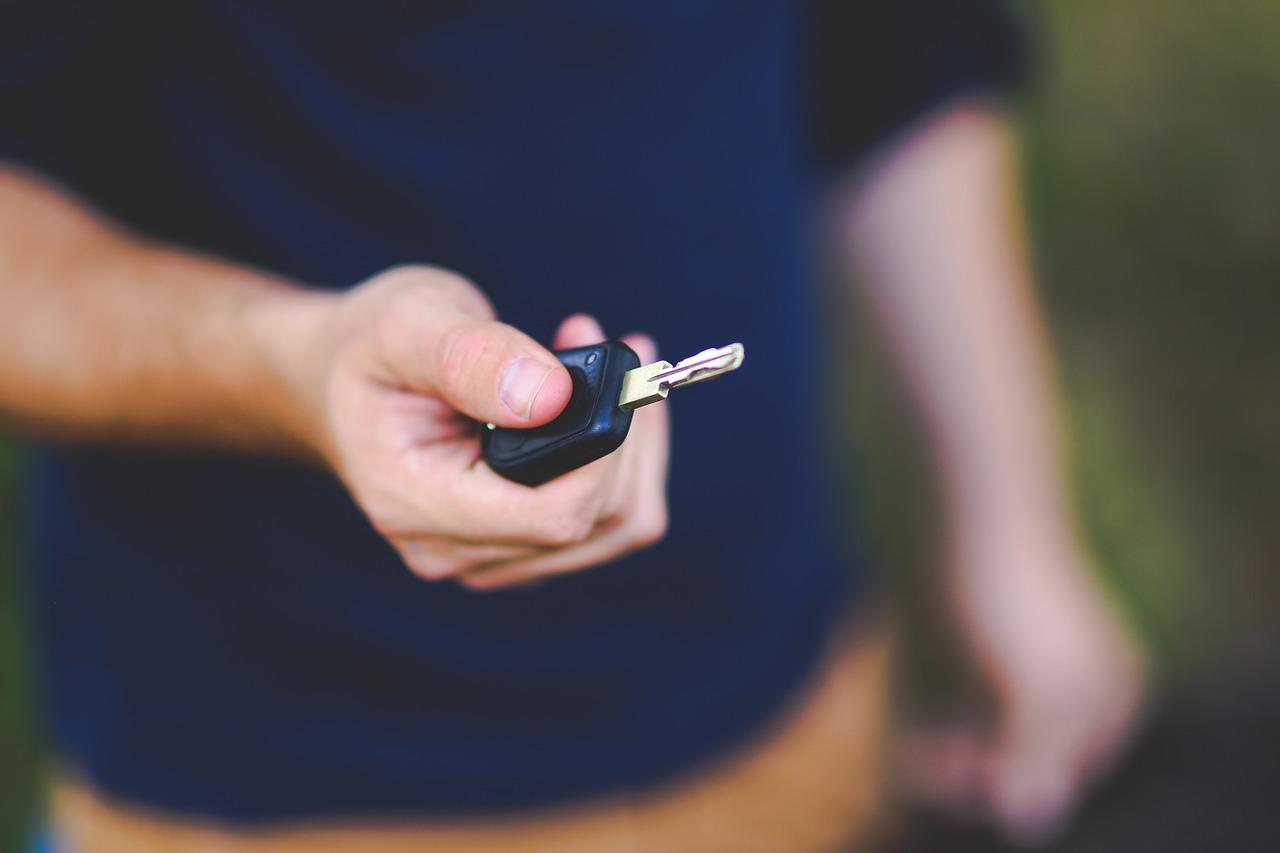 Potrzebujesz samochodu? Nie musisz od razu brać kredytu